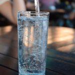 おいしく飲める天然水